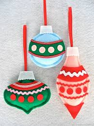 felt ornaments 70 diy felt christmas tree ornaments shelterness