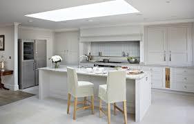 oxshott kitchens luxury fitted kitchens by brayer design