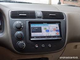 waze for android waze on android auto invaluable feedback and alerts with sub par