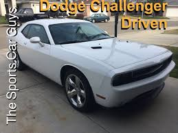 dodge challenger se vs sxt dodge challenger should you buy the sxt the r t srt or
