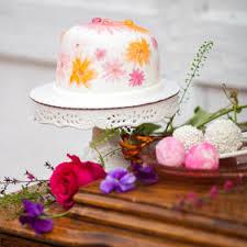wedding cake flower cake flowers calla