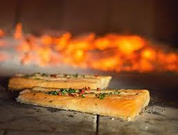 une recette de cuisine recette de cuisine au feu de bois pizza viandes poissons