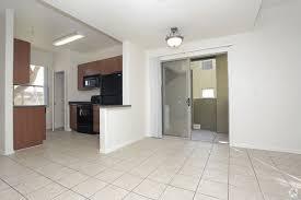3 Bedroom Apartments San Fernando Valley San Fernando Rentals Mesa Az Apartments Com