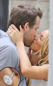 Blake Lively Wedding Ring by How Big Is It The Truth Behind Blake Lively U0027s Wedding Ring E News