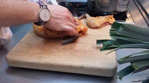 comment cuisiner la pintade suprême de pintade basse température au poivre sichuan et sel fumé