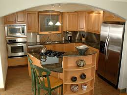 traditional kitchen design for a homey nuance