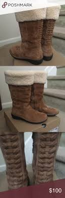 ugg sale today sale today ugg karyn style boots 7 boot sole and closure
