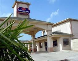 the mustang inn mustang inn suites hobby airport 2017 room prices deals