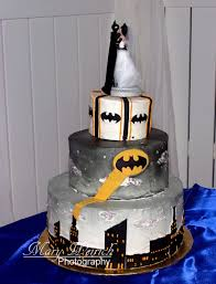 themed wedding cake toppers batman themed wedding cake grooms cake batman wedding cake