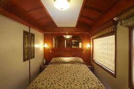 maharajas u0027 express luxury train india palace on wheels tours india
