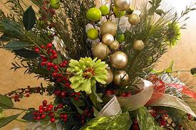 Flower Decorations For Christmas Tree by Everything Flowers At