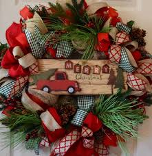 Extra Large Red Christmas Ornaments by 25 Best Large Christmas Wreath Ideas On Pinterest Christmas