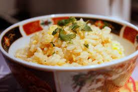 cuisiner le riz cuisiner un reste de riz riz frit chez requia cuisine et