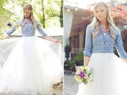 tomboy wedding dress denim wedding www amynicolephoto one day