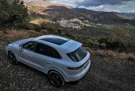porsche night blue review 2018 porsche cayenne suv u2022 gear patrol