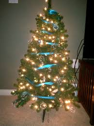 White Christmas Tree With Blue Decorations Oh Christmas Tree S Chez Sharah