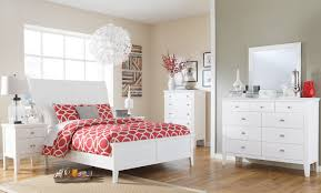 Small Bedroom Queen Size Bed Nice Small Bedroom Design Idea Design Gallery 5497