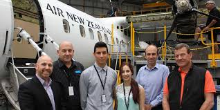 scholarship winners visit air new zealand u0027s maintenance hangar nmit