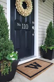 Porch Planter Ideas by Best 25 Front Door Landscaping Ideas On Pinterest Front House