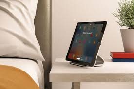 Diy Ipad Charging Station Logitech Made The Ipad Pro Charging Dock Apple Refused To The Verge