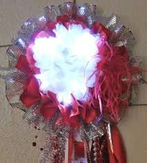 homecoming garter ideas 12 things non texans need to about homecoming mums