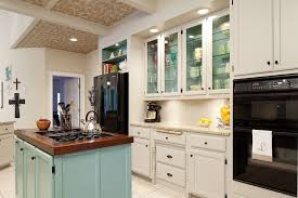 Cottage Kitchen Remodel by Cottage Kitchen Remodeling Beyond The Typical