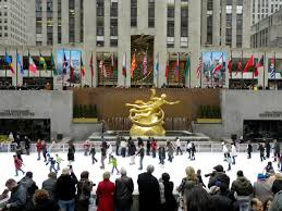 your guide to skating at the rink in rockefeller center