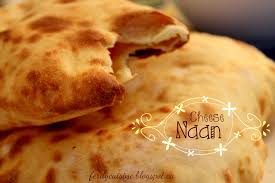 cuisine indienne naan cheese naan indien au fromage le culinaire d une