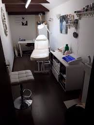 massageroom beauty manicure massage room to rent first 2 months discount