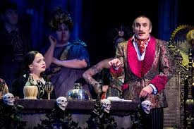The Addams Family Halloween Costumes by Review The Addams Family The Musical Comedy Wmc Wicid