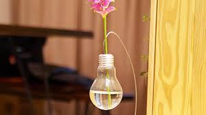 Flower Light Bulbs - make a cute light bulb vase for a single flower diy home
