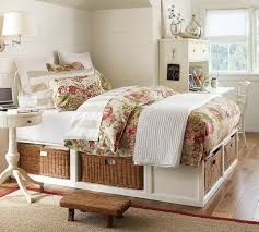 chambre avec lambris blanc chambre fille en 105 idées de design et décoration house