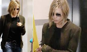 jennifer aniston new bob haircuts jennifer aniston trying hard to love her new haircut indian express