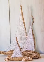 sailboat home decor vicky u0027s home diy barcos con madera a la deriva y crochet
