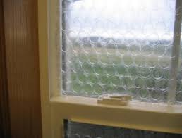 Do Curtains Insulate Windows Bubblewrap