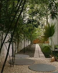 Wohnideen Asiatischen Stil Moderner Vorgarten Im Asiatischen Stil Roomido Com