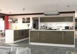 white gloss kitchen cupboard wrap what s the difference between high gloss doors and