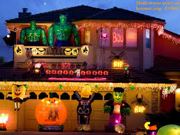 Model Homes Decorated Houses Decorated 11 Craziest Halloween Decorated Homes Model
