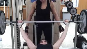 Bench Press World Record By Weight Woman Record Bench Press 142kg Youtube
