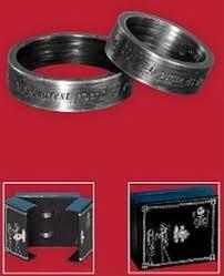 nightmare before christmas wedding rings photo via christmas wedding ring and weddings
