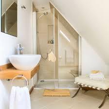Barn Bathroom Ideas by Best 25 Loft Bathroom Ideas On Pinterest Shower Rooms Grey