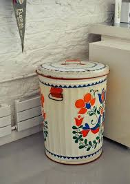 can turkey stand trash can turkey stand mikes whimsical home in house mikes