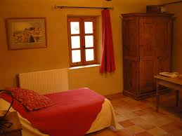 simiane la rotonde chambre d hote chambres d hôtes la fontaine chambres d hôtes simiane la rotonde