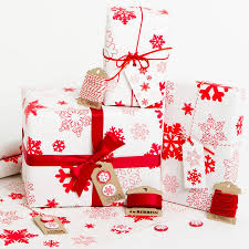 gift wrapped christmas presents christmas gifts pinterest