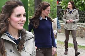 kate middleton casual kate middleton brings back casual wardrobe staples for farms for