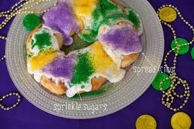 king cake for mardi gras easy 30 minute king cake recipe for mardi gras frog prince paperie