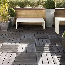 jacuzzi bois exterieur pour terrasse le caillebotis pour vos projets d u0027aménagements intérieurs et