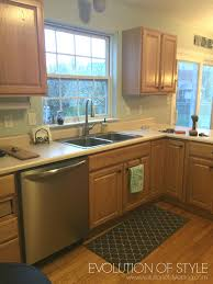 what color countertops with honey oak cabinets honey oak cabinets with blue walls what color granite kitchen
