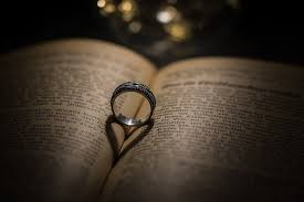 wedding ring photo wedding rings free pictures on pixabay