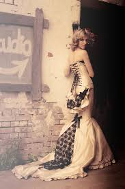 burlesque wedding dresses this wedding dress but in with black lace also really